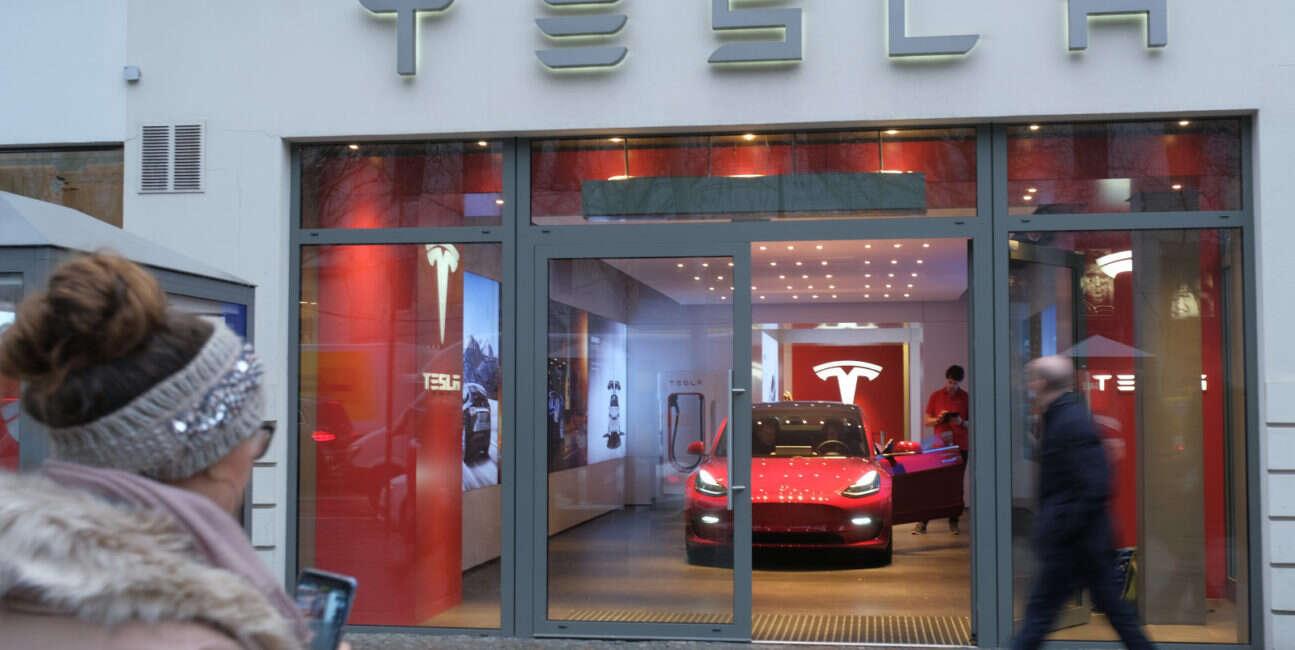 Tesla, model 3, europa model 3, tesla model 3, zamówienia model 3,