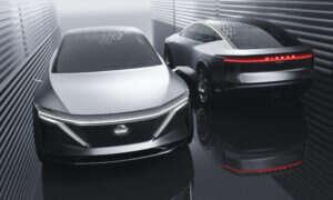 Elektryczny koncept IMs Nissana rozpieszcza pasażera na tylnym siedzeniu