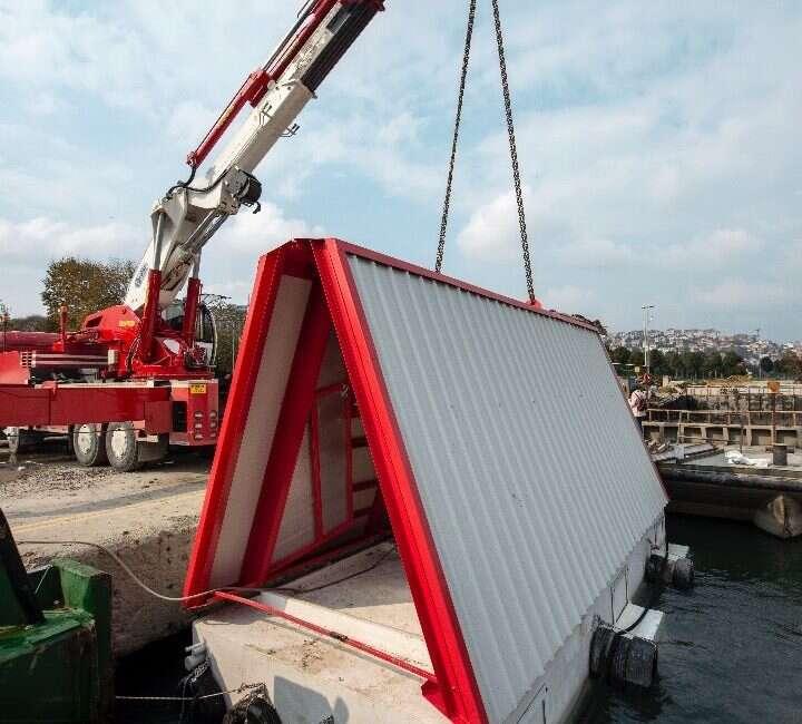 Fold&Float to chwilowe schronisko na wodzie dla ofiar trzęsienia ziemi