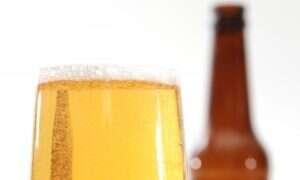 Lekarze uratowali pacjenta podając mu 15 puszek piwa