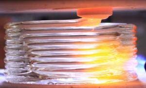 Osiągnięto kolejny etap w stosowaniu szkła w drukarkach 3D