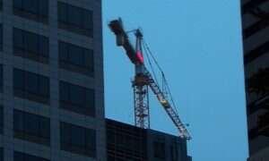 Specjaliści pokazują, jak prosto zhackować budowlane żurawie