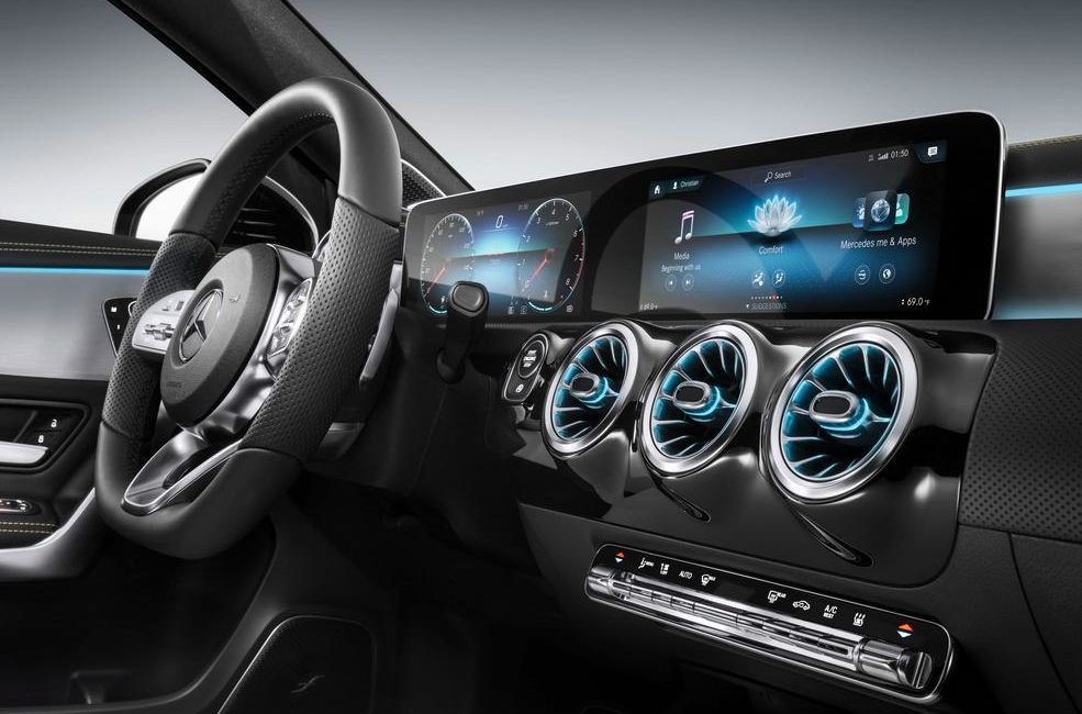 Mercedes-Benz umożliwi klientom aktualizacje systemu infotainment