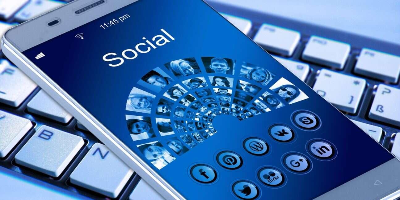 Facebook, facebook research, dane facebook, prywatność facebook