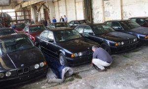 Odnaleziono 11 fabrycznie nowych egzemplarzy BMW 5 E34