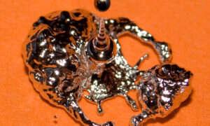 Powstał programowalny płynny metal o zmiennym kształcie