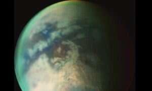 Nowe zdjęcia od Cassini pokazują deszcz metanu na Tytanie