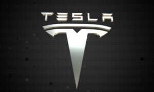 Tesla wchodzi powoli na polski rynek