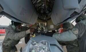 Bombowce B-52 Sił Powietrznych USA otrzymały ulepszony system wyrzutni