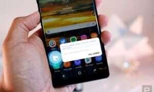 Na starszych smartfonach także zmienisz przycisk Bixby
