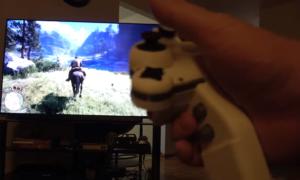 DualShock na jedną rękę – zobaczcie jak dobrze działa to urządzenie!