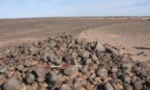 Na Saharze znajdują się setki tajemniczych konstrukcji
