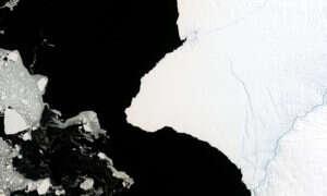 Od Antarktydy może się wkrótce oderwać ogromna góra lodowa