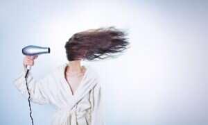 Poziomy witaminy D można mierzyć we włosach