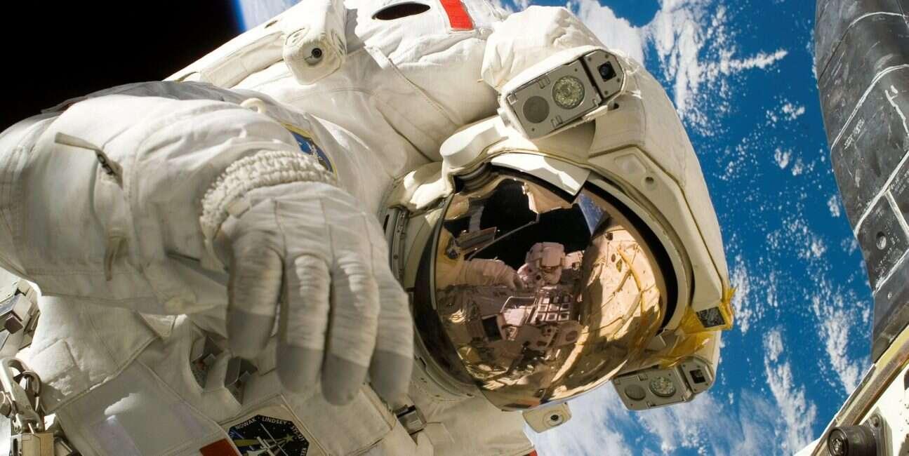 loty kosmiczne, astronauci, kosmos, układ odpornościowy, wirusy, wirusy loty kosmiczne, wirusy astronauci,