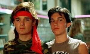 Serial The Lost Boys – siostry Frog i oficjalne streszczenie