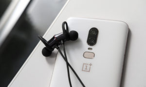 CEO OnePlus uważa, że usunięcie złącza 3,5 mm przyspieszy rozwój smartfonów