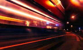 Tak wygląda prędkość światła w zwolnionym tempie