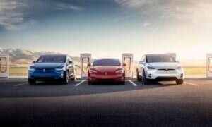 Trzecia generacja stacji ładujących Tesla Superchargers skróci czas ładowania o połowę