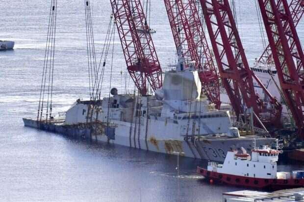 Zatopiona w zeszłym roku norweska fregata Helge Ingstad została wyłowiona