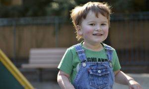 Naukowcy przyglądają się powiązaniu pomiędzy bakteriami w jelitach a autyzmem
