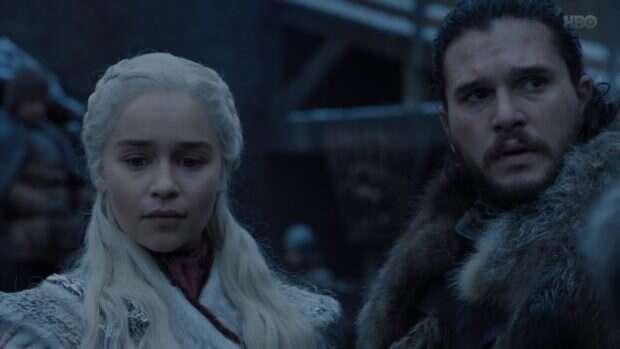 Jon Snow i smoki w pierwszym odcinku finałowego sezonu Gry o Tron