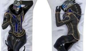 Dakimakura Mass Effect – oto poduszka z Garrusem