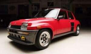 Renault R5 Turbo 2 jest zdecydowanie jednym z najbardziej szalonych Hot Hatchów
