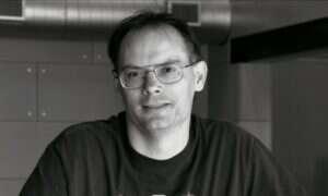 Epic Games Store bez wbudowanego forum i kart kolekcjonerskich
