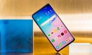 Samsung Galaxy S10 jest już popularniejszy od S9