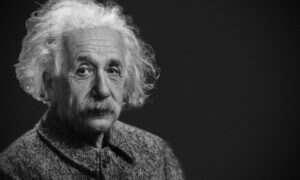 Rzadkie nagranie pokazuje Einsteina mówiącego o muzyce i bombie atomowej