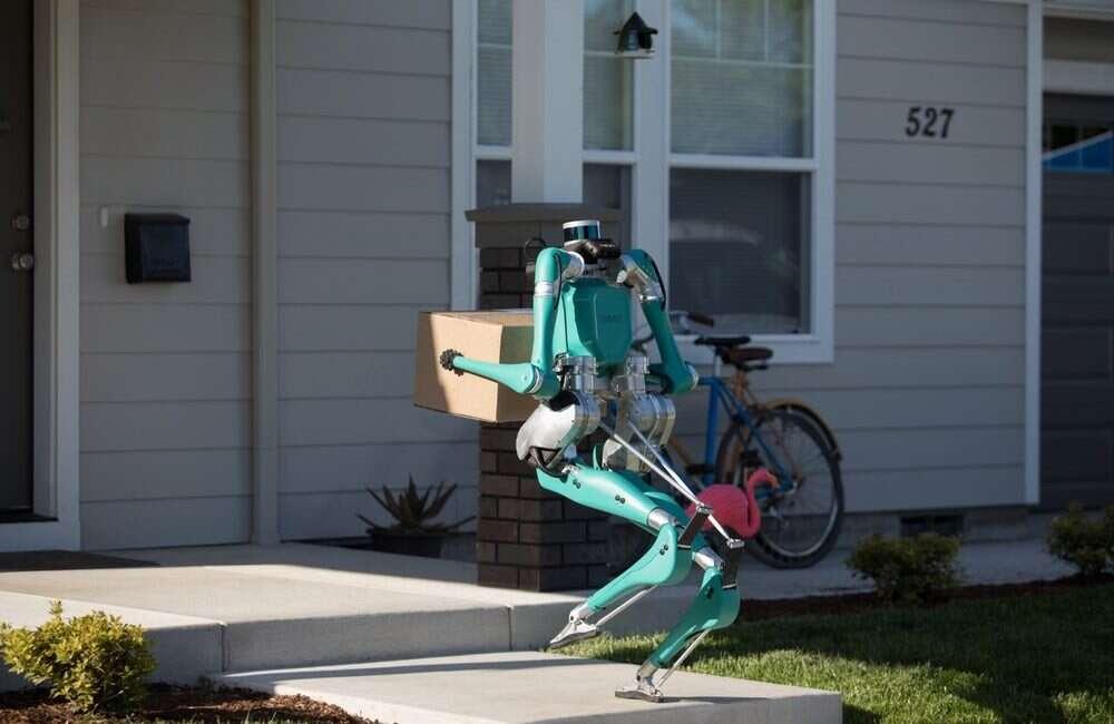 Robot Digit Forda dostarczy Wam paczkę pod same drzwi