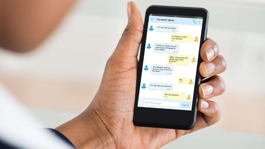 SMS, wiadomość SMS, popularność SMS, spadek SMS, używanie SMS