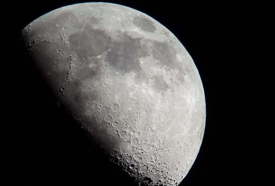 NASA chce szybciej wrócić na Księżyc więc prosi o zastrzyk gotówki