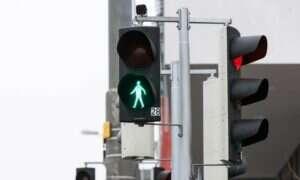 Zapomnijcie o przyciskach przy nowoczesnych przejściach dla pieszych