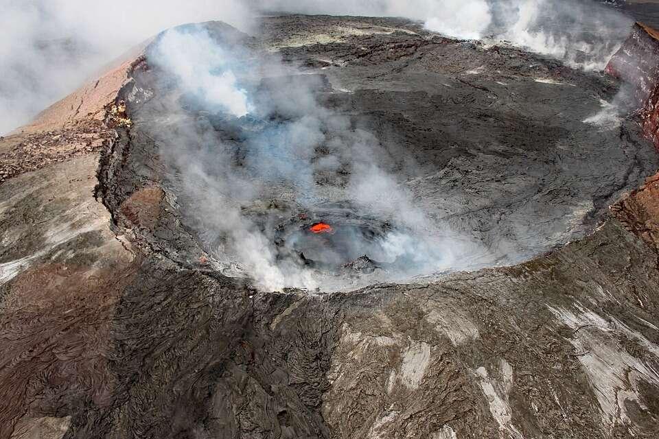 Czy można przeżyć wpadnięcie to czynnego wulkanu?