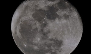 Pojawiły się zdjęcia rozbitego na Księżycu lądownika