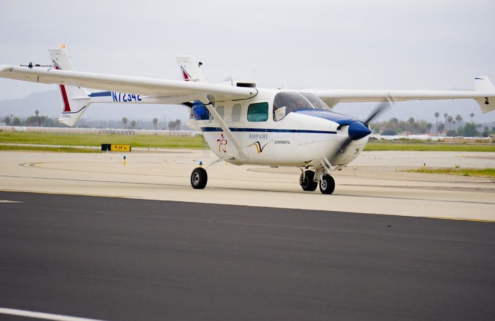Pierwszy publiczny lot Ampaire 337