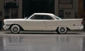 Chrysler 300D 1958 przywrócony do pierwotnych założeń