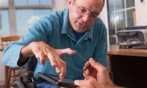 ParrotOne ułatwi niepełnosprawnym osobom komunikację