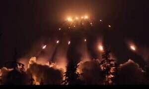 Dron przetrwał i sfilmował pole rażenia artylerii rakietowej