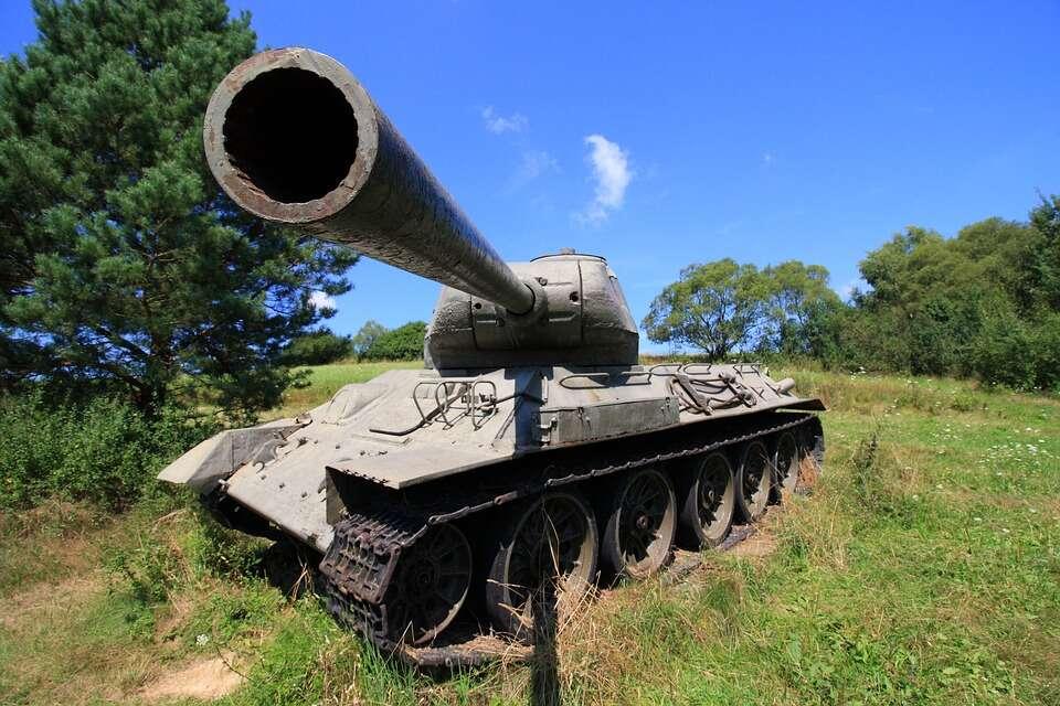 Kuloodporna metalowa pianka szansą na lżejsze pojazdy wojskowe