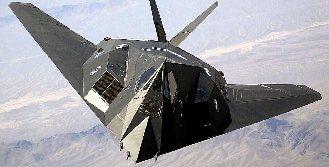 Wielu zastanawia się, co myśliwiec F-117A Nighthawk robił nad pustynią