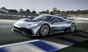 Wsadzenie silnika F1 do samochodu drogowego jest trudne