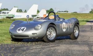 Jeden z najrzadszych samochodów Porsche trafi wkrótce na aukcje