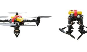 Ten quadcopter może składać swoje ramiona w locie