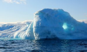 Lód topi się szybciej niż przewidywano