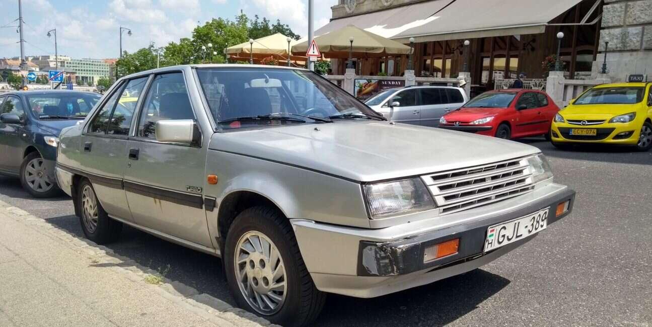 Mitsubishi w Colt Turbo Premier z 1985