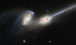Co się dzieje w przestrzeni międzygalaktycznej?