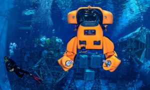Robot Aquanaut jest podwodnym transformersem